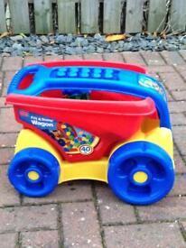 Megablocks Fill and Dump wagon