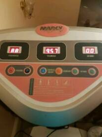 Marcy vibration plate
