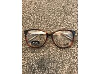 Women's Moschino glasses