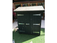Pent roofed mini garden shed