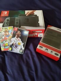 NINTENDO SWITCH 2 GAMES AND CHARGING STATION