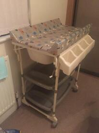 Baby Weaver 3 in 1...Baby changing unit, bath and storage unit