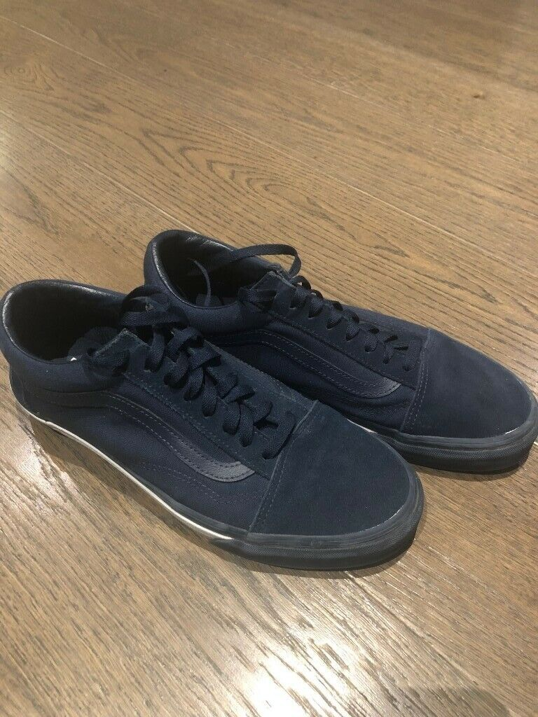 009f464bc02d25 Vans Old Skool Mono Trainer - Dress Blue Concept Mens Trainers - Like New