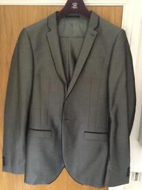 Next Suit - shiny grey