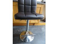 Grid brown faux leather & chrome bar stool