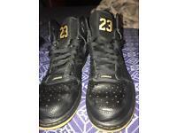 Nike Air Jordan trainers size 9