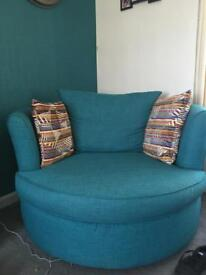 Swivel large chair