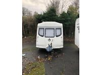 VANROYCE year 2000 2 berth caravan