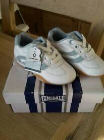 New baby toodler LONSDALE leather shoes size uk4