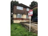 2 Bed Flat Vale Drive Midanbury **Available 01/11/2017**