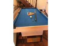 Pool table 6ft x 3ft - fantastic Christmas present - great condition