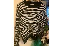 NAK-D Zebra print thick jumper size XL