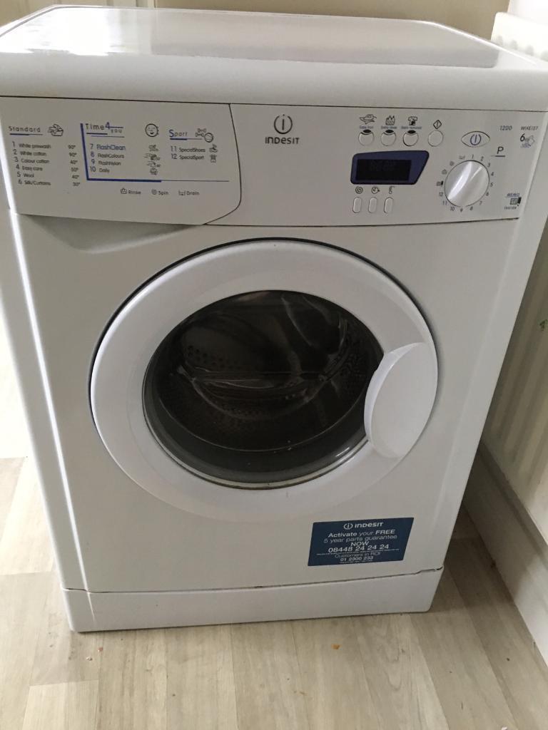 Indesit Washing Machine In Wollaton Nottinghamshire