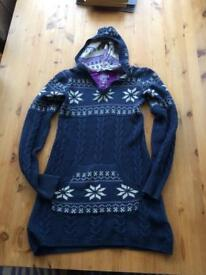 10-11year cotton /wool mix Fat face hooded longline jumper.
