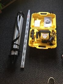 Rugby Leica 100 self levelling lazer level