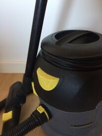 Vacuum cleaner KARCHER T 10/1
