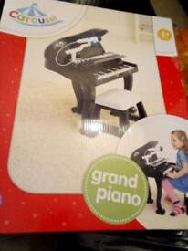 Kids grand piano new boxed