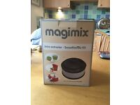 Magimix accessories: citrus press, juicer/smoothie maker, box of discs and chip cutter