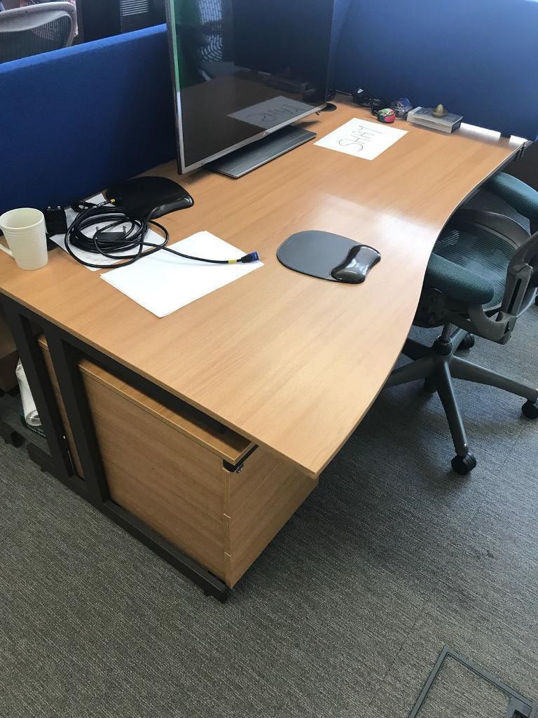 Office Desks Loads Available Various Styles Shapes Colours