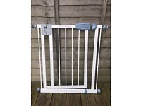 Tippitoes stair gate - great condition
