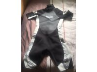 NEW WETSUIT-CHEST SIZE 85 CM