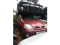 2001 RENAULT SCENIC 1.4 16V BREAKING FOR PARTS