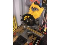 Dewalt 110v Sliding mitre saw