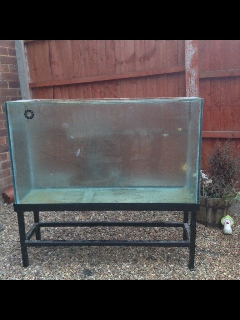 3,5ft x 2ft x1ft fish tank for sale with metal stand only