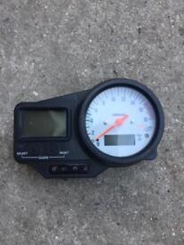 Yamaha R6 speedometer
