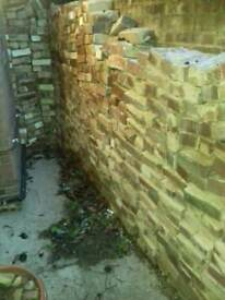800-1000 reclaimed bricks