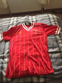 Liverpool home shirt 83/85 in good condtion original Umbro shirt size 38/40 collectors item