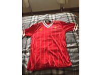 Liverpool home shirt 83/85 in good condtion original Umbro shirt size 38/40 collectors item