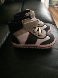 Mothercare soft pram boots