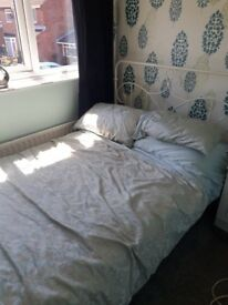 Double bed nearly new