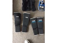 Boxing/MMA Gloves, pads, groin and leg protectors XL & S