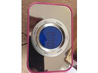 iPhone dock clock radio