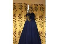 REDUCED Prom Dress size 8-10 Brand Macduggal