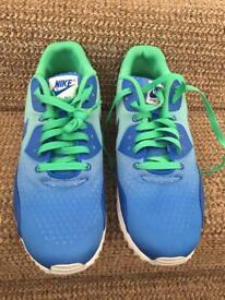 Brand new mens trainers size uk 11