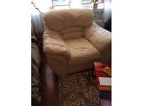 Sofa 2x armchairs footstool 100 ono