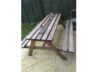 4-6 seater picnic/outdoor table