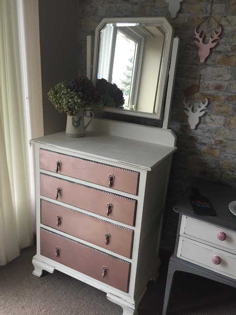 Rose gold & white chest of drawers /