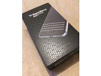 BlackBerry KEYone - 32 GB - Black - Unlocked