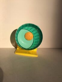 Silent mouse wheel with stand 12cm rrp 6.99