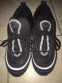 e6c94239db9 Adidas Yeezy Boost 350 SPLY V1 V2 Bred Oreo White 9.5 UK Balenciaga ...