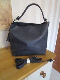 Ladies navy hobo style handbag from Oasis