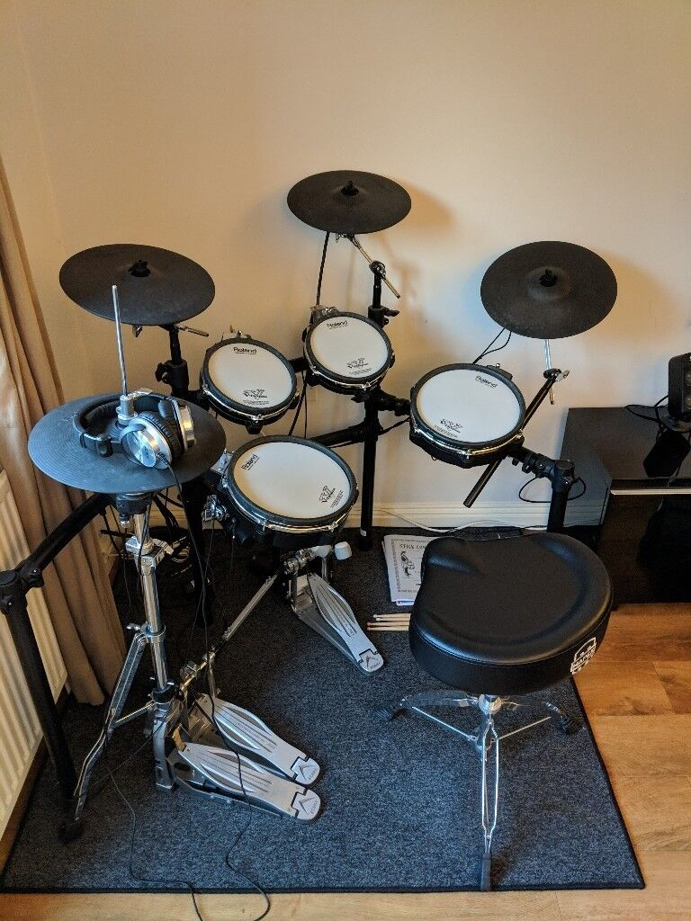 roland td 25kv electronic drum kit incl tama speed cobra pedals roland headphones and