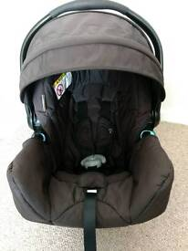 Graco Infant car seat 0-13kg with base