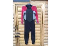 Alder Stealth 3/2 Childs wetsuit size 2xl