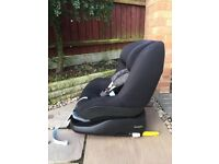Maxi cosi Pearl car seat AND Iso-fix family fix base £150 for both!!!!! Excellent condition!