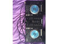 Mixtrack Pro 3 (with Alesis speakers)